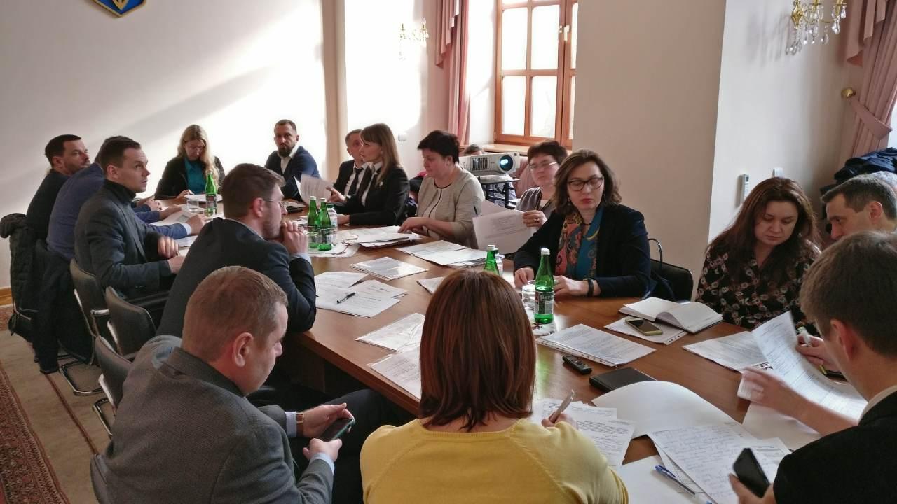 В Кабмине состоялось совещание по подготовке запроса в Глобальный Фонд