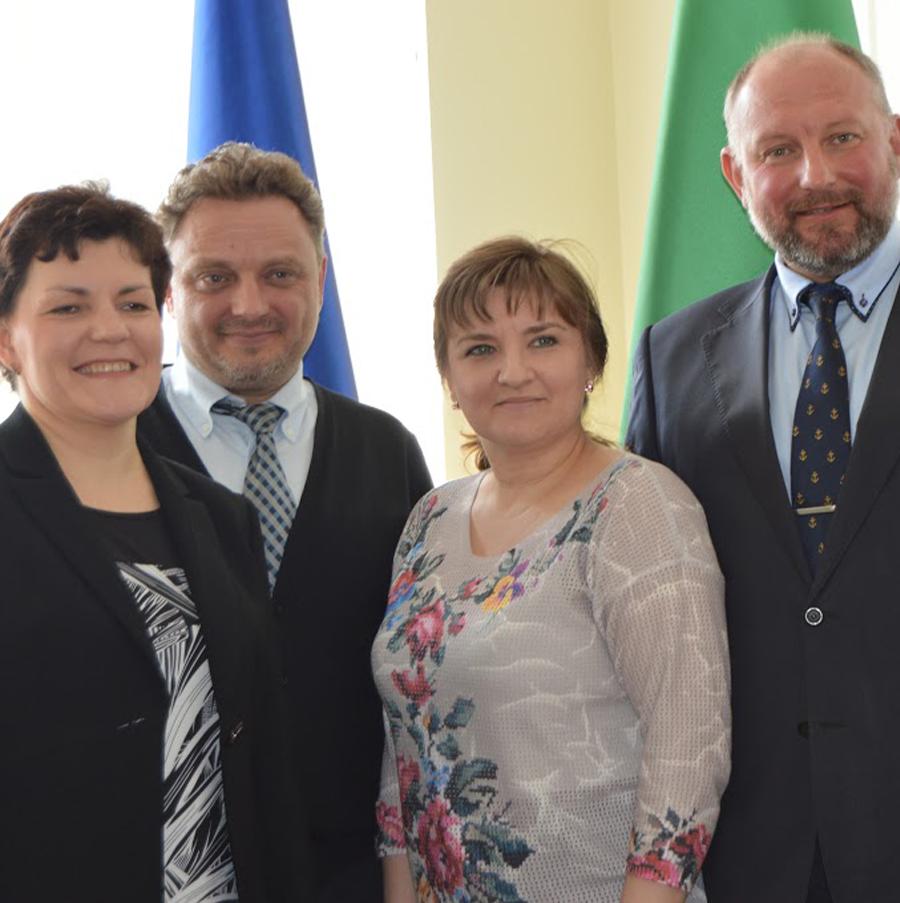 Мережа ініціює реформування системи надання соціальних послуг у Дніпропетровській області.