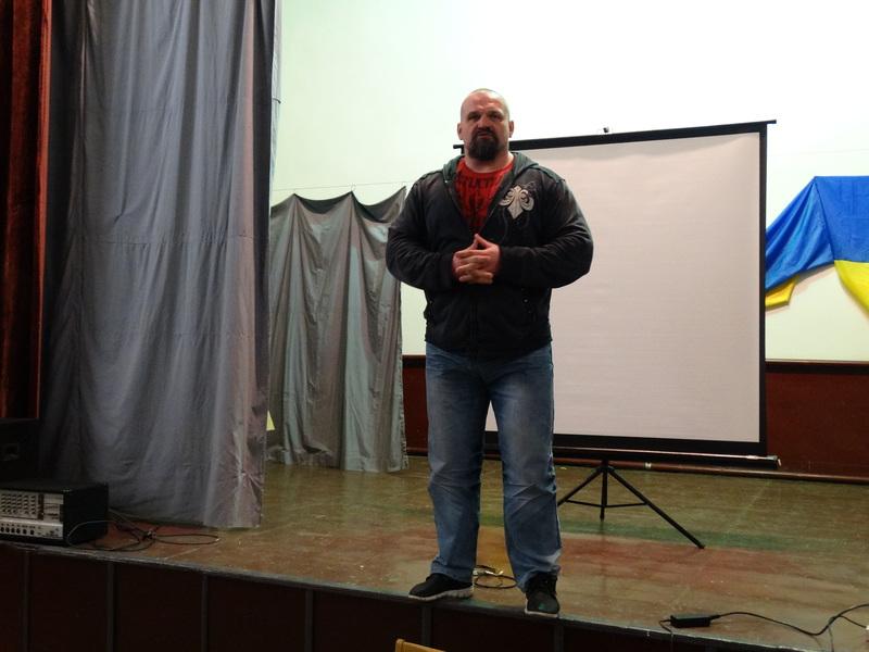 Василь Вірастюк відвідав виправну колонію, з якою працює організація