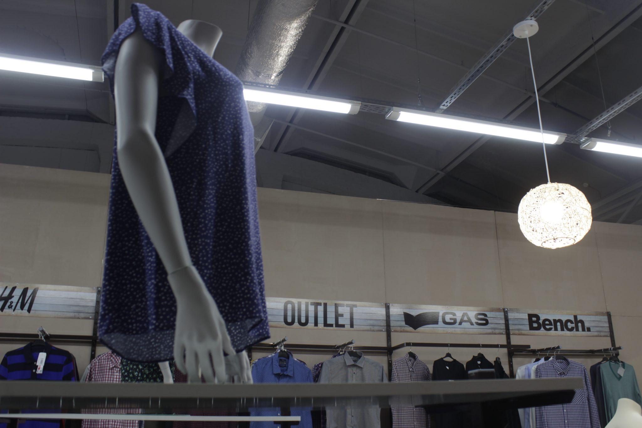 Благотворительный магазин помогать женщинам кризисного центра в Черкассах